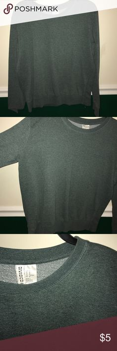 H&M Forest Green Pullover sweater Comfy and simple, easy to layer and add style to H&M Sweaters Crew & Scoop Necks