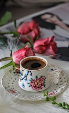 - Miller is Home Coffee Gif, Coffee Love, Coffee Break, Coffee Cups, Cocoa Tea, Spiced Coffee, Good Morning Coffee, Breakfast Tea, Coffee Corner
