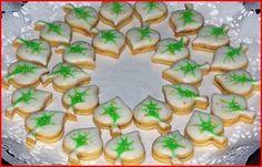Vánoční cukroví :: Jiříkova kuchařka Cookies Decorados, Thing 1, Christmas Cookies, Sushi, Birthday Cake, Ethnic Recipes, Desserts, Food, Kitchen Ideas