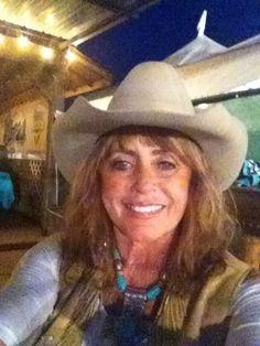 Author Anita Waggoner, Cave Creek, AZ book signing, 2014.
