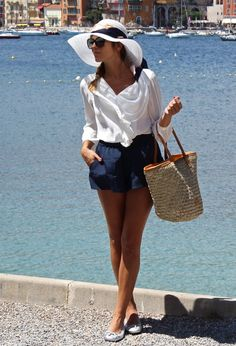 Lady Navy  , Queens Wardrobe in Shirt / Blouses, Aïta in Bags, Stylisim in Flats