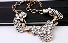 ♥ Retro Statement Clear Rhinestone Crystal Bib Necklace £19
