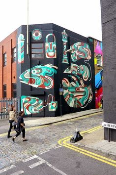 Berlin based street artist Reka One recently hit the streets of London and freshened up an old mural of his on the corner Whity and Chance in Shoreditch, London.