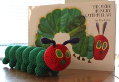The Very Hungry Caterpillar free pattern by LaTina Steele. http://www.ravelry.com/patterns/library/creepy-crawly-caterpillar  #Amigurumi #Animals #Knitting
