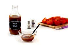Olvídate de darle al frasco cuando quieras disfrutar con una buena salsa barbacoa. Ahora puedes hacer tu BBQ sauce en Crock Pot, al chup chup. ¡Moverás las alitas!