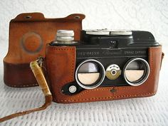 Ever want to make your own View-Master photographs? Check out this vintage stereo camera! A great piece of 3D film history!