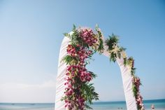 wedding photography at Bamboo island in Krabi. Photograph by www.lovedezign.com