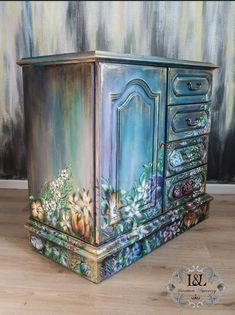 Furniture Repair, Chalk Paint Furniture, Hand Painted Furniture, Funky Furniture, Refurbished Furniture, Colorful Furniture, Repurposed Furniture, Furniture Makeover, Furniture Decor