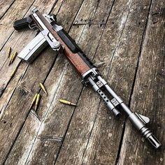 Mini 14 == 5,56x45mm ' ' ' #weapon #weapons #gun #guns #mens #bestguns #weaponpictures #gunlife #ammo #army #superguns #weaponslover… Weapons Guns, Guns And Ammo, Arsenal, Mini 14, Battle Rifle, Custom Guns, Assault Rifle, Sks Rifle, Hunting Rifles
