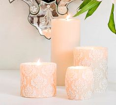 Our St Germain recessed pillar features an embossed pattern of vintage wallpaper we found in the Saint-Germain-des-Pres arts district of Paris. Hand painted in ivory & white. Scented with Amber & Ginger Rose. Subtle & Sophisticated.