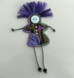 Pin Doll for International Womens Day, I'm gonna try making one of these