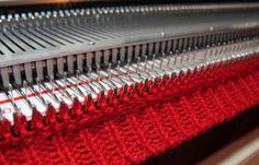 TOM MACHINE KNITTING GUY: How To Attach Neck And Arm Bands On A Knitting Machine