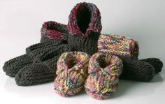 You have to see Wooly Woodland Moccasins on Craftsy! - Looking for knitting project inspiration? Check out Wooly Woodland Moccasins by member JGCraftyLiving. Baby Slippers, Knitted Slippers, Knitted Hats, Crochet Shoes, Knit Or Crochet, Crochet Baby, Knitting Projects, Crochet Projects, Yarn Thread