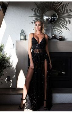 At Lady Luxe Boutique: we provide new arrivals #AbyssByAbby Casino Royale black gown with all sizes available at Price: 420.00 AUD. Hurry up and visit us at: