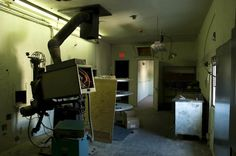 Texas Theatre Projection Room, around 2006, by Peter A Calvin