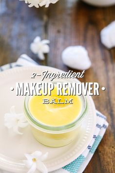 Makeup Remover Balm - Live Simply Natural Beauty, Skin & Hair Care Augen Make-up Entfer Natural Beauty Tips, Diy Beauty, Beauty Ideas, Simply Natural, Makeup Remover Balm, Beauty Hacks For Teens, Make Up Remover, Homemade Beauty Products, Diy Products