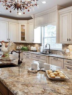 18 Best White Kitchen Cabinet Ideas