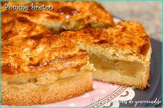 Pommé breton via Quelquesgrammesdegourmandise Apple Recipes Easy, Tart Recipes, Gourmet Recipes, Dessert Recipes, Torta Chilena Recipe, Cake Factory, French Pastries, Let Them Eat Cake, Yummy Cakes