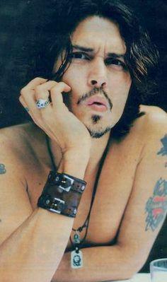 Tatouage de Johnny Depp : tous ses tatoos                                                                                                                                                     Plus