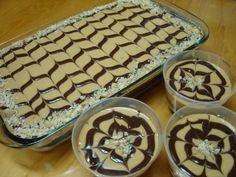 O Pavê Charge é uma sobremesa deliciosa, cremosa e fácil de fazer. Faça para a sua família e receba muitos elogios! Veja Também:Pavê de Bis Veja Também:G
