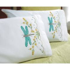 I am going to buy these aqua dragonfly pillow cases to embroider (Bucilla… Embroidery Applique, Cross Stitch Embroidery, Embroidery Patterns, Cross Stitch Patterns, Machine Embroidery, Dragonfly Cross Stitch, Dragonfly Art, Crochet Newsboy Hat, Dragon Fly Craft