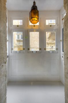 Historically the traditional Maltese enclosed balcony is the place to keep one informed on the street comings and goings. Right in the centre of Maltese city life, Valletta G-House is a holiday accommodation with a 400 year history.