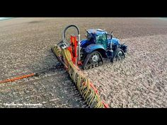 New Holland Blue Power on Soucy Tracks New Holland Ford, Tractor Pictures, Agriculture, Farming, Ford News, New Technology, Fiat, Tractors, Antique Cars
