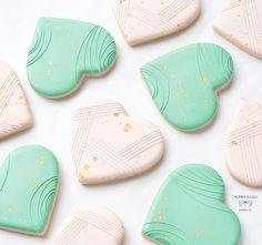 Honey & Lou Baking | Eileen (@honeyloubaking) • Instagram photos and videos Baby Cookies, Heart Cookies, Cut Out Cookies, Sugar Cookies, Valentines Day Cookies, Valentine Heart, Cheap Cookie Cutters, Cookie Crush, Valentines