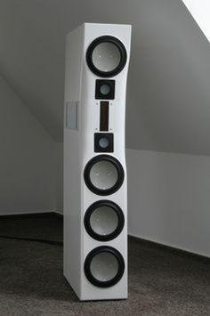 Myro Time Loudspeaker