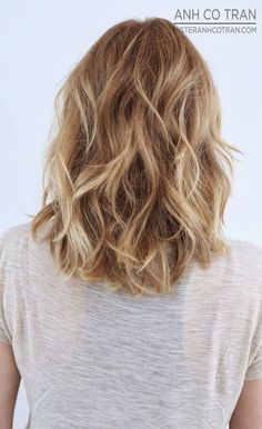 Such a great natural blonde balayage.