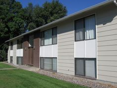 427 Milton - Billings MT Rentals Available 4/1/2015 2 bedroom 1 bath unit. Unit has washer & dryer hookups and 2 carpets with extra storage. No pets no smoking. | Pets: Not Allowed | Rent: $575.00 per month | Call Fischer & Erwin Property Management at 406-245-6263 http://freerentalfinder.com/billings-mt/for-rent.php?rid=4726