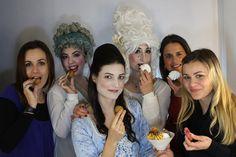 Macaronis!!!  Divertidas e saborosas, assim são as aulas do Curso Profissional de Maquilhagem Grau II na trueCOLOURSmakeup School