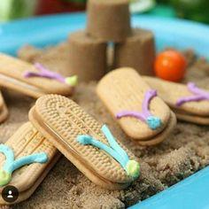 Areia de paçoca e chinelos de bolacha