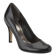 Black Pumps - Need to invest in a pair of these for future work opportunities!