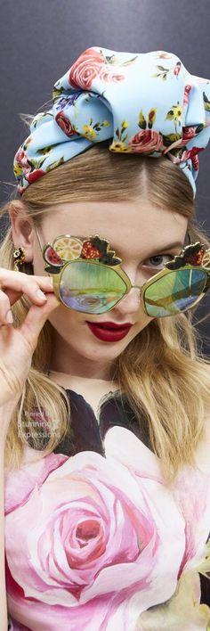 Lunettes De Soleil, Chapeaux, Vitrine, Haute Couture, Mode Florale, Design  De 7e8851c1f465
