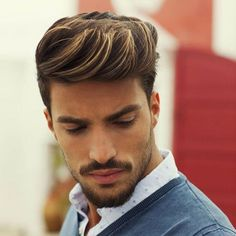 23 Classy Hairstyles For Men 2019 Mens Haircuts + Hairstyles 2019 Men Hair Color Highlights, Colored Highlights, Guys With Highlights, Hair And Beard Styles, Short Hair Styles, Modern Quiff, Gentleman Haircut, Hair Clay, High Skin Fade