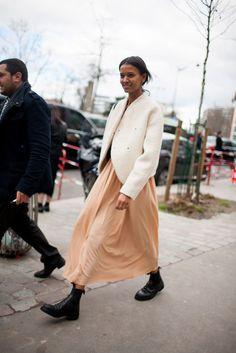 Paris Fashion Week Fall 2016 street style @bingbangnyc