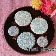 Japanese textile designs! cookies 和柄のアイシングクッキーです。 #アイシングクッキー#和柄#和柄アイシングクッキー#icingcoo - Photo.sh