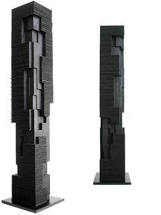 Alban LANORE / Colonne rainurée III / Movingui calciné / 120x19.5x19.5cm.