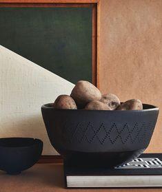 Cerámica de La Chamba.  El Buen Ojo :::: EBO (@elbuenojo) • Instagram photos and videos Serving Bowls, Decorative Bowls, Tableware, Videos, Photos, Instagram, Home Decor, Dinnerware, Pictures