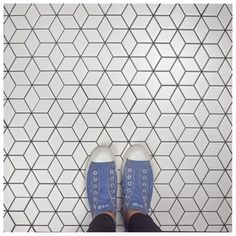 Shop for SomerTile 10.5x12.125-inch Victorian Rhombus Matte White Porcelain Mosaic Floor and Wall Tile (10 tiles/9.04 sqft.). Get free delivery at Overstock - Your Online Home Improvement Shop! Get 5% in rewards with Club O! - 20493683