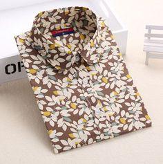 Originální dámská košile se vzorem – hnědá s lístečkama – Velikost L Na  tento produkt se 8654e3a584
