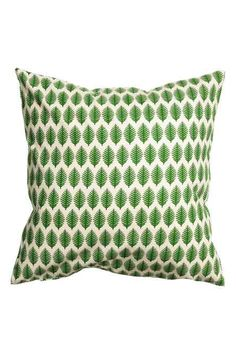 Patterned cushion cover: Cushion cover in patterned cotton with a concealed zip.