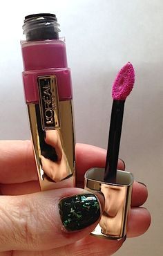 L'Oréal Colour Caresse Wet Shine Lip Stain by Colour Riche Makeup News, Drugstore Makeup, Makeup Brands, Eye Makeup, Makeup Lipstick, Lipsticks, Walmart Makeup, Magical Makeup, Fashion And Beauty Tips