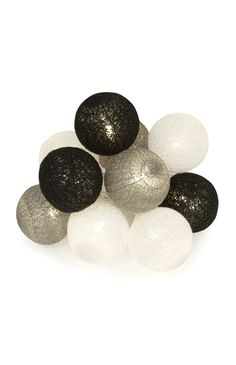 10 Monochrome Cotton Ball Lights