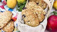 Prajitura cu iaurt si caise • Bucatar Maniac • Blog culinar cu retete Cookies, Desserts, Blog, Crack Crackers, Tailgate Desserts, Deserts, Biscuits, Cookie Recipes, Blogging