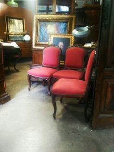 Casual interior. #casual #interior #casualinterior #interiordesigner #antique #antiques #antiqueshoop #antiquerestorer #restorer #arsenalepiu