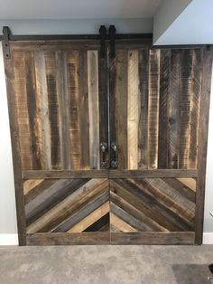 Aged pine has a beautiful variety of coloration and if your home can match the rustic aesthetic, can be a fantastic vintage choice! Wood Home Decor, Rustic Decor, Custom Woodworking, Woodworking Projects Plans, Interior Design Tips, Interior Decorating, Diy Barn Door, Barn Doors, Wood Accents