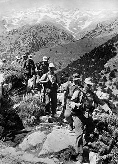 German soldiers on the march in the mountains of Crete, date unknown - pin by stinky old poop stain Portraits, Famous Photographers, German Army, Soviet Union, Military History, World War Ii, Ww2, Greece, Mountains