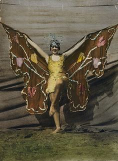 A Vintage Butterfly Costume Vintage Circus Costume, Vintage Flapper Dress, Vintage Costumes, Butterfly Frame, Vintage Butterfly, Madame Butterfly, Butterfly House, Butterfly Crafts, Vintage Postcards